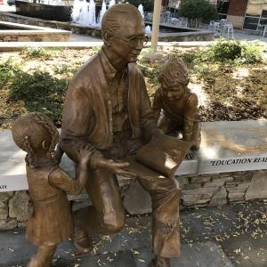 greenville, sculpture, artist, south carolina, sc, peace center, dick riley, famous, portrait, high end